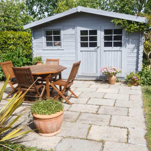 Extra woon- of opslagruimte? Een tuinhuisje is de oplossing